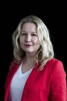 Hélène Rossinot, médecin en santé publique et autrice de Aidants, ces invisibles.