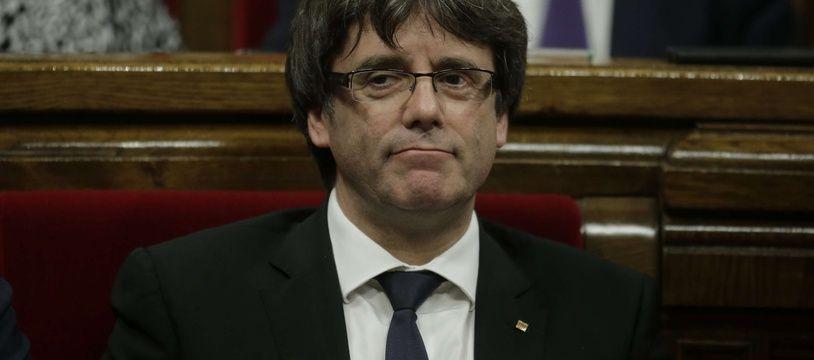 Le président séparatiste catalan Carles Puigdemont, le 10 octobre 2017 au Parlement.
