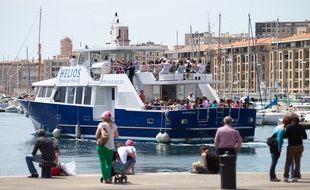 Marseille le 18 mai 2014 - Illustration sur le tourisme sur le vieux port