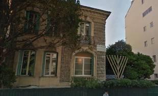 Vue Google Street View du bâtiment du centre Loubavitch de Nice.