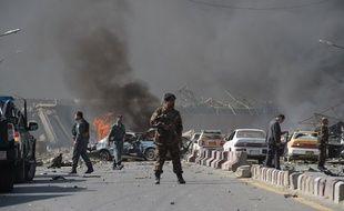Au moins 80 civils ont péri dans l'attentat à la bombe qui a secoué tôt mercredi le quartier diplomatique de Kaboul