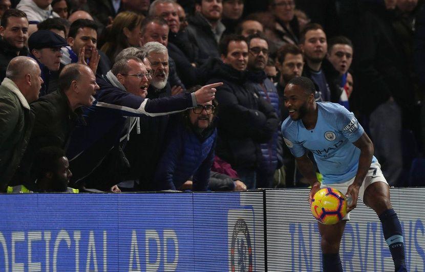 Racisme dans le foot: Pour Sterling, les hauts dirigeants «sont très loin d'en faire assez pour résoudre le problème»