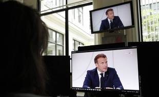 Emmanuel Macron est interviewé en ce 14 juillet par Léa Salamé et Gilles Bouleau.