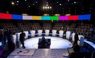 Le plateau où aura lieu le 4 avril 2017 le débat présidentiel entre les 11 candidats, avant le premier tour.