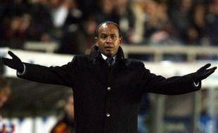 Jean Tigana lorsqu'il était entraîneur du Besiktas Istanbul, le 10 décembre 2005