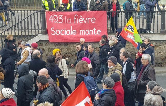 Une banderole dans le cortège parisien du 3 mars.
