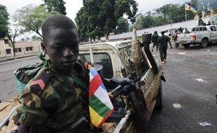 Des soldats sud-africains se disent traumatisés après avoir combattu et tué des enfants-soldats pendant la prise de Bangui par les rebelles du Séléka le 23 mars, a rapporté l'hebdomadaire dominical sud-africain Sunday Times.