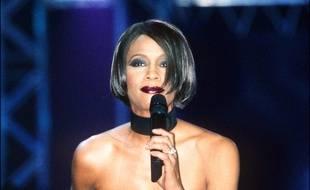 La chanteuse Whitney Houston aux BRIT Awards en 1999