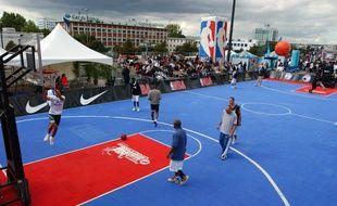 Un appel d'offres lancé ce lundi par la ville de Paris vise à reconvertir quatorze friches et locaux inoccupés de la capitale en terrains de sport.