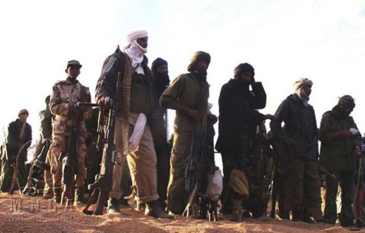 Les islamistes les ont chassés de Tombouctou, réduits à la portion congrue à Kidal et viennent de les écraser à Gao, en prenant leur quartier général pour tout le nord du Mali: les rebelles touareg sont en déroute et ne contrôlent plus aucune place forte dans cette région. –  afp.com