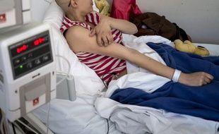 Un jeune patient à l'hôpital