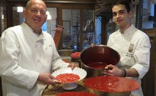« 20 Minutes » vous fait découvrir les secrets des plus célèbres desserts de France. A Lyon, la maison Jocteur façonne ses tartes à la pralines depuis 25 ans.