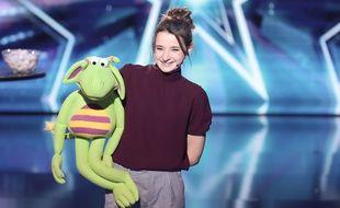 Capucine, alias Le cas Pucine, et sa marionnette Eliott dans «La France a un incroyable talent».