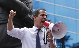 Juan Guaido, reconnu comme président du Venezuela par intérim par une cinquantaine de pays, continue de manifester à Caracas pour obtenir le départ de Nicolas Maduro.