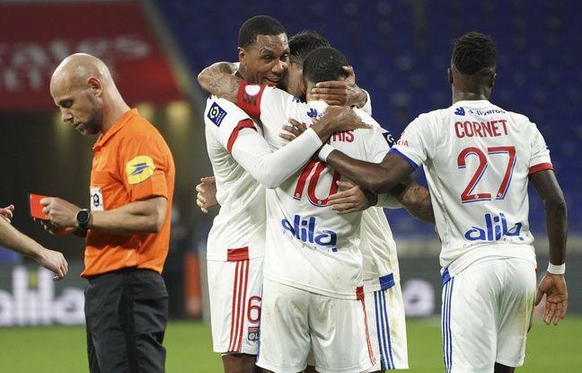 Amaury Delerue, son carton rouge et Marcelo, tous les ingrédients ayant agacé Thierry Laurey sont réunis sur cette photo.