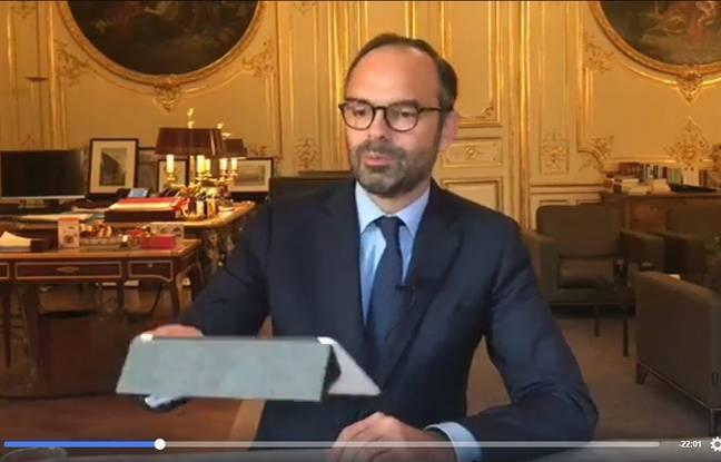 Edouard Philippe en Facebook Live le 3 octobre 2017 depuis Matignon.