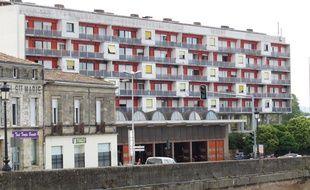 A Bordeaux, la caserne de pompiers, située rue de la Benauge, rive droite.
