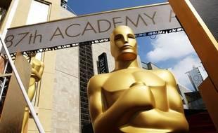 Une statue des Oscars.