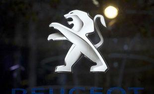 Le constructeur automobile français PSA Peugeot Citroën a levé près d'un milliard d'euros (999.013.089 euros bruts) à l'issue d'une augmentation de capital prévue dans le cadre de son alliance avec l'américain General Motors