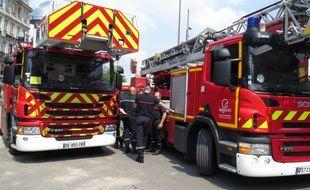 Deux sapeurs-pompiers ont été mis à pied dans l'attente d'une décision de justice (illustration)