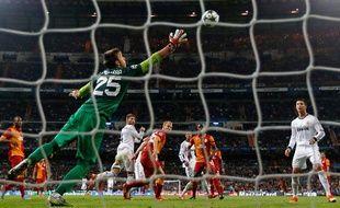 Le Real Madrid a battu Galatasaray (3-0) en quart de finale aller de la Ligue des champions mercredi 3 avril 2013.