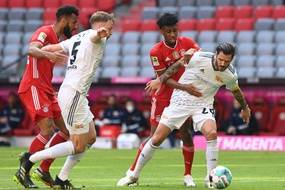 Eric Choupo-Moting et Kingsley Coman ont galéré avec le Bayern Munich face à l'Union Berlin. Coman est sorti blessé dès la mi-temps.
