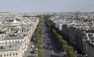 Un homme, soupçonné d'avoir tiré sur des passants sur les Champs-Elysées, a été interpellé