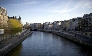 """La mairie de Paris souhaite lancer une étude sur la biodiversité de la Seine qui serait """"une première"""" et la traduction concrète du Plan biodiversité voté lors du Conseil de Paris de novembre, a annoncé mardi Fabienne Giboudeaux, adjointe EELV en charge des espaces verts."""