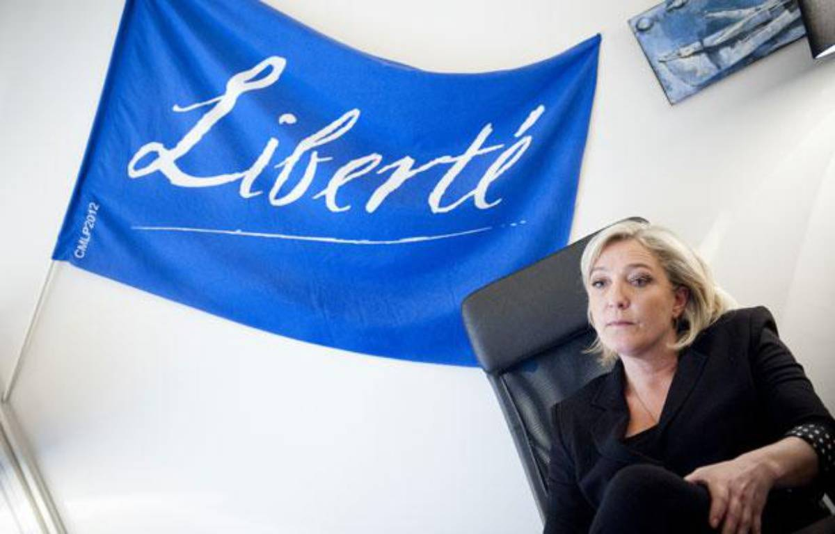 Le 28 mars 2012. Marine Le Pen, candidate du Front National a la presidentielle, en itw pour 20 Minutes dans son qg de campagne situe au 64 bd Malesherbes a Paris. – V. WARTNER / 20 MINUTES