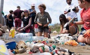 Des centaines de déchets plastiques sont ramassés à chaque mobilisation.