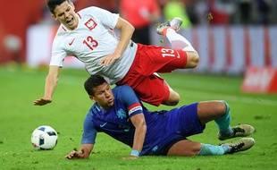 Mariusz Stepinski en juin dernier sous le maillot polonais (A).