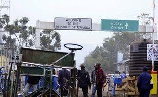 La frontière entre la RDC et le Rwanda a été rouverte jeudi après-midi après huit heures de fermeture, à la suite d'un nouveau cas du virus Ebola.