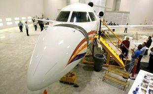Un jet privé Falcoln 7X. Illustration.