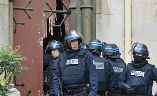Les forces de l'ordre à Saint Denis le 18 novembre.