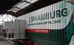 Le Train des idées de la capitale verte européenne, Hambourg, est entré en gare d'Austerlitz, à Paris, le 1er septembre 2011.
