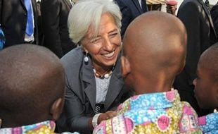 """La directrice du Fonds monétaire international (FMI), Christine Lagarde, a estimé mardi à Abidjan que la réconciliation en Côte d'Ivoire, après une longue décennie de crise politique, était un """"préalable"""" à la relance de la première puissance économique d'Afrique de l'Ouest francophone."""