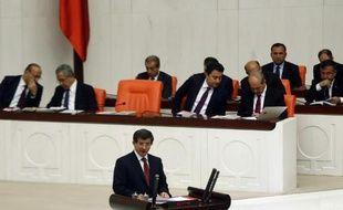 Le Premier ministre turc Ahmet Davutoglu devant le parlement à Ankara, le 1er septembre 2014