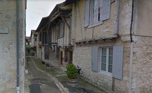 La rue de la Saucisse à Issigeac en Dordogne.