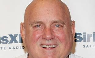 Dennis Hof propriétaire de maisons closes et vedette de téléréalité, candidat officiel du parti républicain à l'assemblée du Nevada, est décédé le 16 octobre