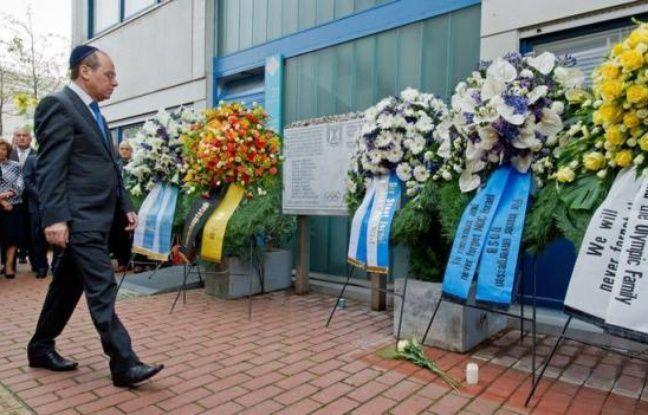 L'hommage aux onze athlètes israéliens tués en 1972 lors d'une prise d'otage par un commando palestinien aux jeux Olympiques de Munich a dévoilé mercredi des blessures encore à vif dans la communauté juive.
