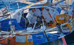Jean-Pierre Dick sur son bateau lors du Vendée Globe