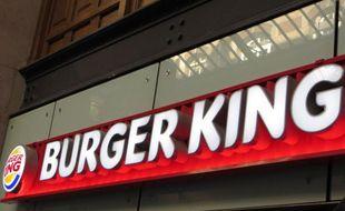 ?Burger King s'installe dans la galerie marchande de la gare Saint-Lazare à Paris, le 16 décembre 2013.?