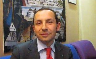 Capture d'écran Dailymtion, Sébastien Chenu pendant les cantonales en 2011.