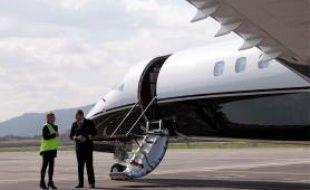 L'aéroport de Cannes-Mandelieu est dédié à l'aviation d'affaires et privée.