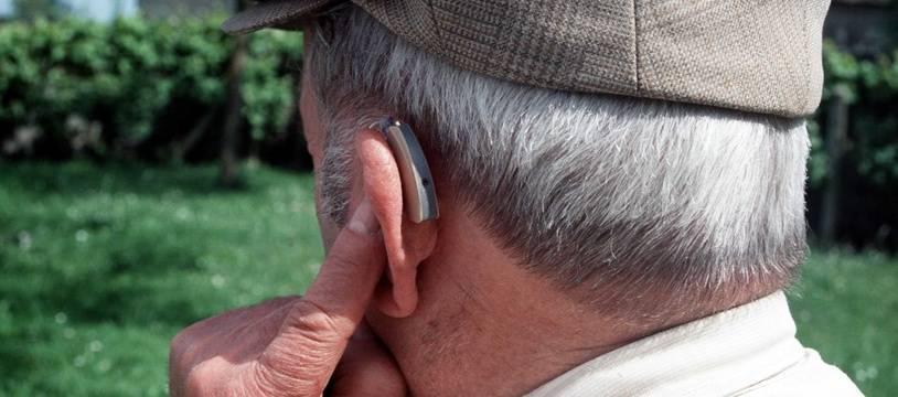 Illustration d'une prothèse auditive.