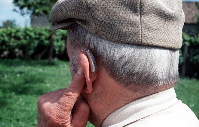 6782235e9f6a5f Prothèses auditives  Les personnes âgées dépourvues d appareils risquent  davantage la démence