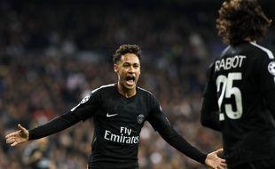 Neymar et Rabiot lors du match Real Madrid-PSG en 8e de finale de Ligue des champions, le 14 février 2018 à Bernabeu.