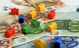 Renégocier son prêt immobilier en mai 2012 peut permettre d'économiser plus de 50 000 euros sur le coût total de son crédit.