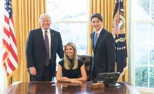 Trump reçoit des rabbins habad dans le bureau ovale the times of