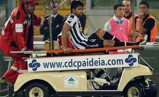 Arrêt au stand pour un brésilien en Italie. Mais pas à Monza. Diego, touché à la cuisse droite contre la Lazio pourrait manquer le match de Bordeaux, mardi soir en Ligue des Champions.